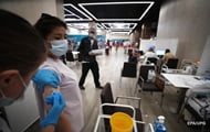In France, thousands of COVID-unvaccinated doctors lost their jobs
