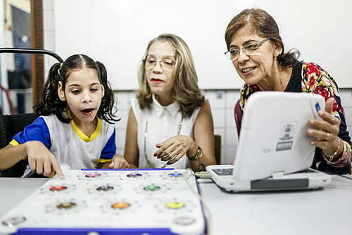 In Recife, teachers denounce delay in the approval of retirement