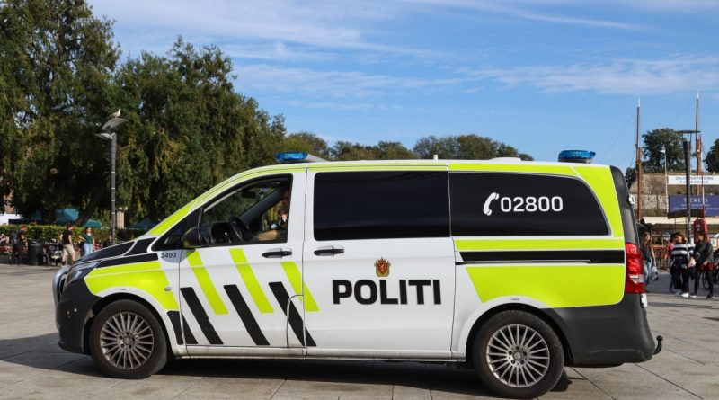 A Danish citizen was indicted following an attack with a bow in Norway.  5 people were killed, two were injured
