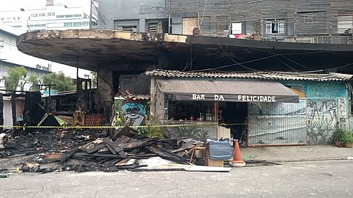 """Fire hits """"Occupação Carrefour"""" with 80 families in Cambuci, in São Paulo (SP)"""