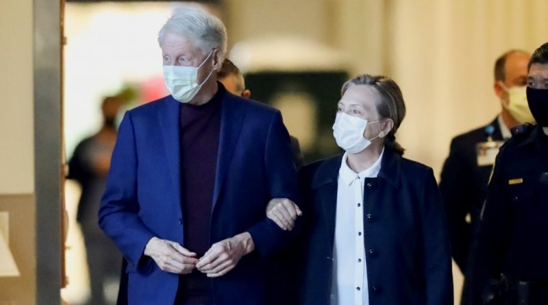 Former US President Clinton was discharged from hospital in California