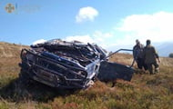 In Transcarpathia, the car turned over when trying to reach the top