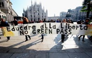 Italy protests over mandatory health passports
