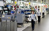Largest car factory Volkswagen returns to 1958 production level