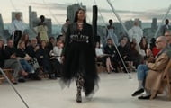 Naomi Campbell presented a new collection from Alexander McQueen