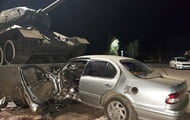 Near Odessa, the driver flew into a pedestal with a tank and died