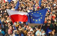 Poland's dilemma: stay or leave the EU