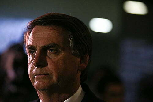 Vaccine doesn't give AIDS: after Facebook, Youtube also removes from the live air of Bolsonaro
